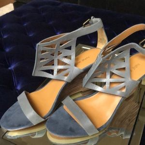 NWOT NINE WEST Sz 10 Wedges Spring Sale!